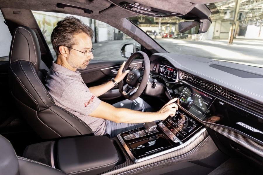 intérieur Audi RSQ8