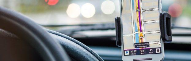 Comment bien choisir son traceur GPS pour voiture ?