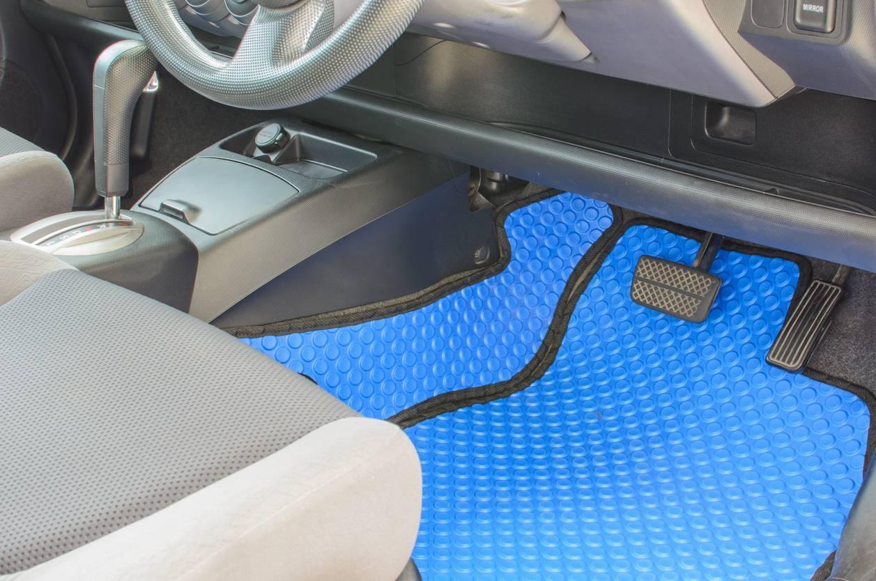 tapis de voiture personnalisé