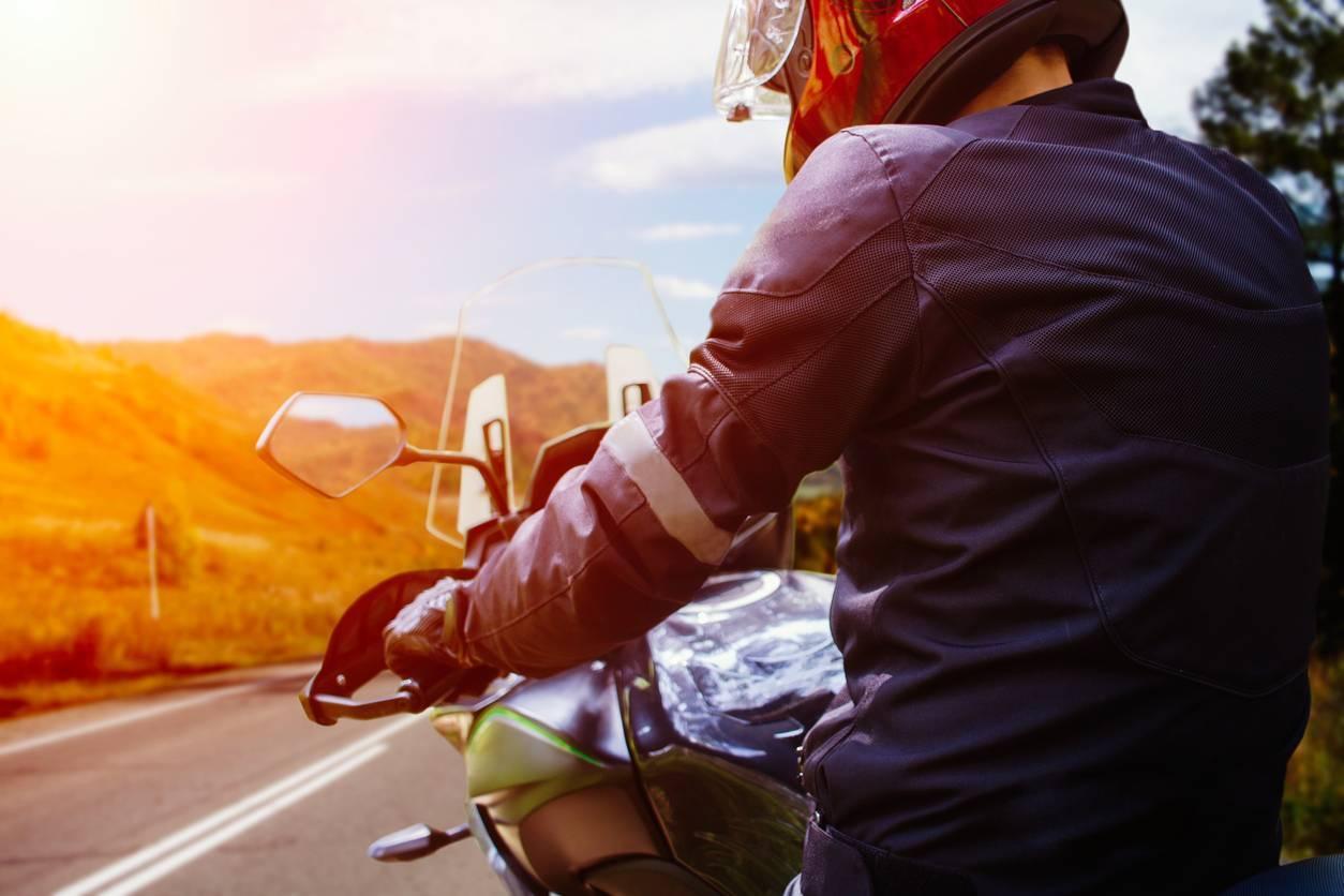 Equipements de moto motard casque blouson