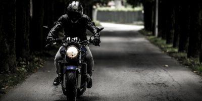 Comment bien choisir son casque intégral pour la moto ?