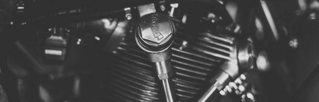 Comment choisir le meilleur magasin en ligne pour acheter ses pièces de moto?
